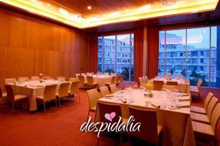 Hotel Restaurante zona Diagonal Mar