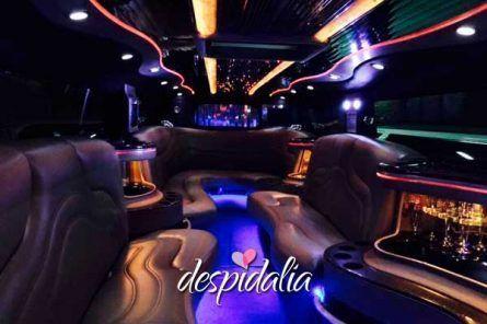 hummer blanca barcelona3 1 445x296 - Cena + Espectáculo + Limusina + Disco + Copa