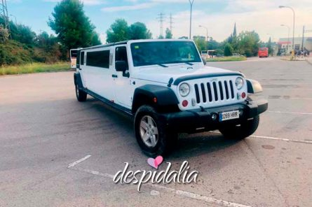 limusinas jeep barcelona5 445x296 - Limusina Jeep