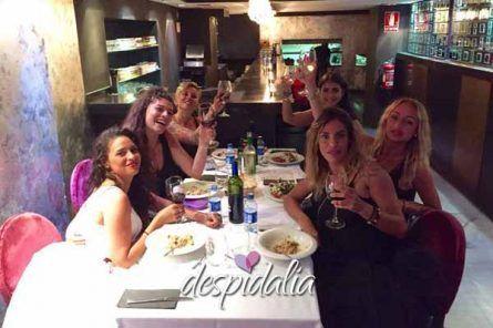 restaurante aribau despedidas1 445x296 - Taller de baile + cena + mariachis