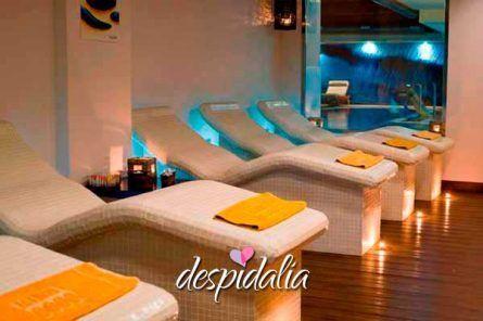 spa despedida soltera barcelona7 445x296 - Spa + comida / cena + risoterapia