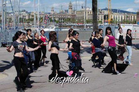 taller danza del vientre despedida barcelona2 445x296 - Taller de Danza del vientre