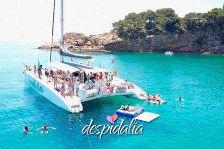 despedida barco costa brava lloret2 445x296 - Despedida en Barco en Lloret de Mar, la Costa Brava