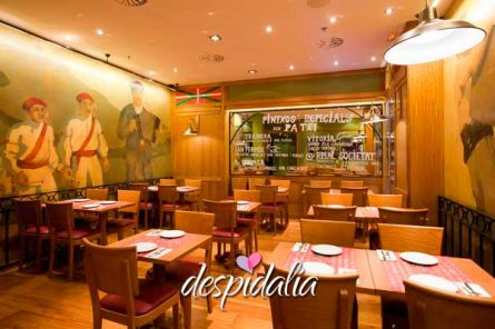 restaurante paseo gracia despedidas2 445x296 - Restaurante en Paseo de Gracia