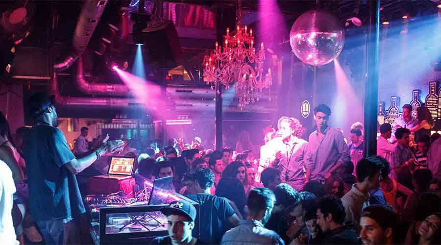 Bares y discos donde ligar mejor en Barcelona 4 - Qué hacer en una despedida de soltero