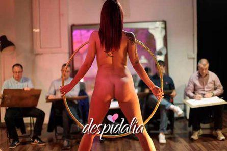 clase dibujo femenido desnudo2 445x296 - Clase de dibujo de desnudo femenino