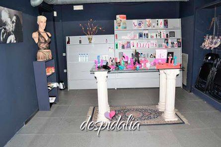 tapersex local barcelona1 445x296 - Tuppersex en Local