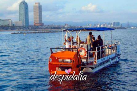 beer sangria boat bike2 445x296 - Barco a Pedales con Cerveza y Sangria