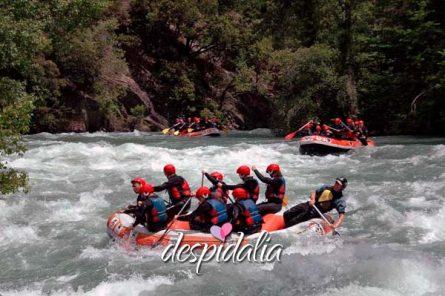 rafting bacelona despedidas4 445x296 - Rafting desde Barcelona