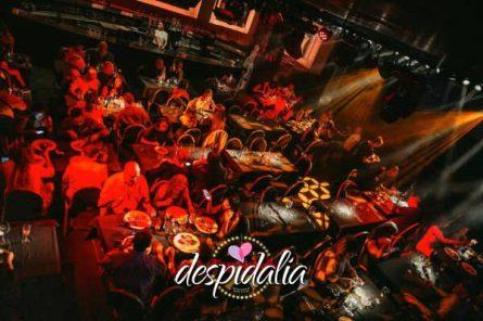 cena cabaret barcelona3 445x296 - Cena con show Cabaret y disco