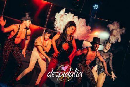 cena cabaret barcelona4 445x296 - Cena con show Cabaret y disco